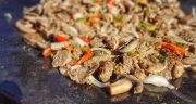 طرز تهیه کباب ترکی دونر کباب مخصوص ترکیه با مرغ و گوشت در تابه