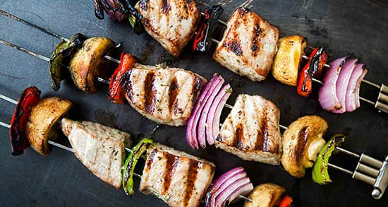 طرز تهیه کباب ماهی اوزن برون خوشمزه با روش ذغالی و تابه ای