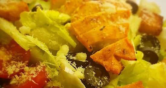 طرز تهیه سالاد سزار , سالاد سزار با فیله مرغ و بالزامیک , salad sezar , shghn schv