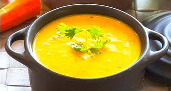 طرز تهیه سوپ هویج خوشمزه و مجلسی با سیب زمینی