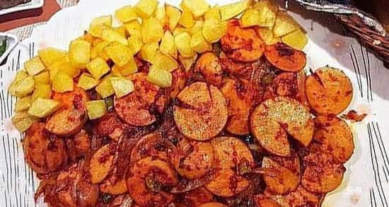 طرز تهیه سوسیس بندری اصل خوشمزه ساندویچی و رستورانی