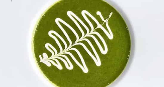 طرز تهیه سوپ اسفناج مجلسی و خوشمزه با خامه و سیب زمینی
