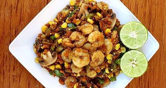 طرز تهیه خوراک میگو ساده جنوبی خوشمزه و مجلسی با سبزیجات