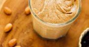 طرز تهیه کره بادام زمینی در خانه