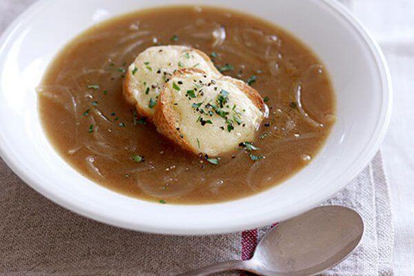 سوپ پیاز قهوه ای