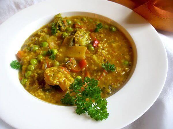 طرز تهیه سوپ رژیمی سبزیجات و ارزن