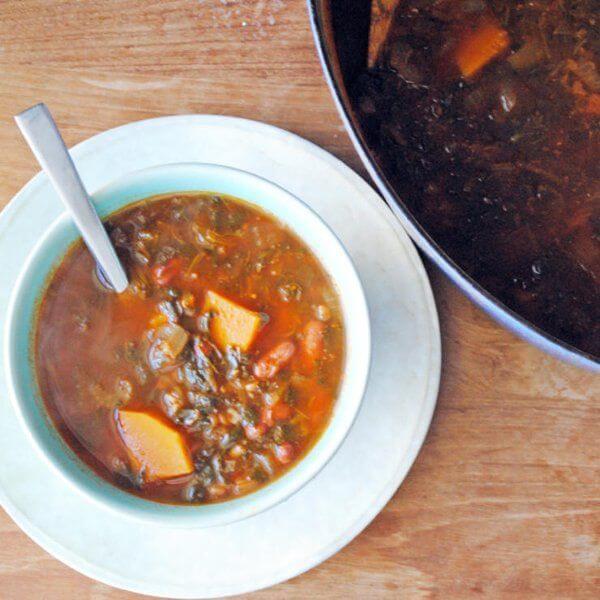 سوپ لوبیا-سبزی-کاموت