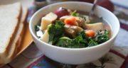 طرز تهیه سوپ سیب زمینی و کلم پیچ