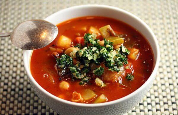 سوپ لوبیا با پستو