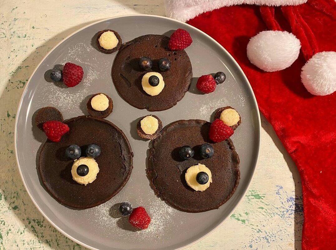 تزئین پنکیک شکلاتی به شکل خرس