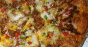 طرز تهیه پیتزا گوشت و قارچ رستورانی و حرفه ای در خانه و نکات مهم آن