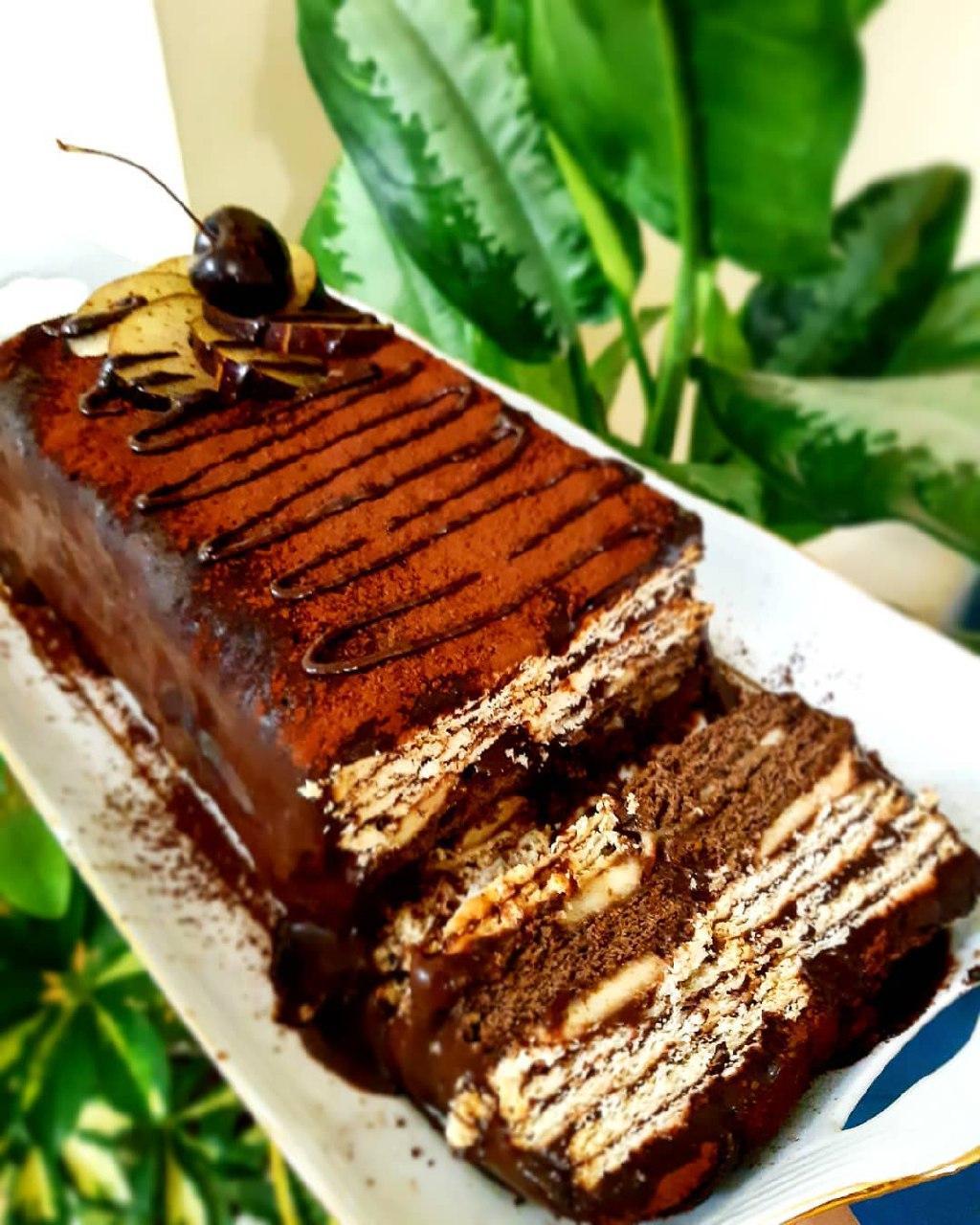 طرز تهیه کیک یخچالی خوشمزه و ساده با بیسکویت خرد شده