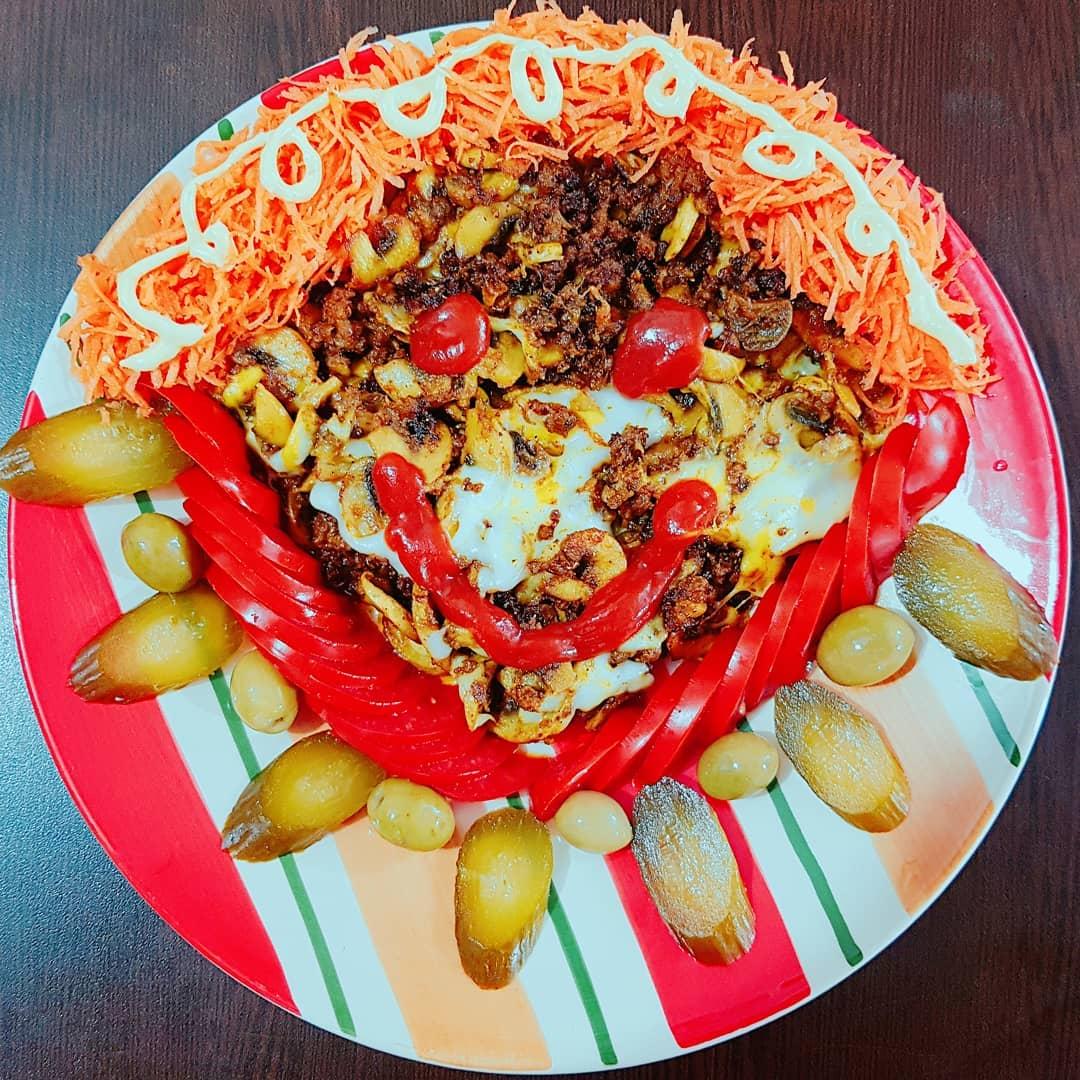 طرز تهیه خوراک گوشت و قارچ مجلسی، غذایی ساده و خوشمزه