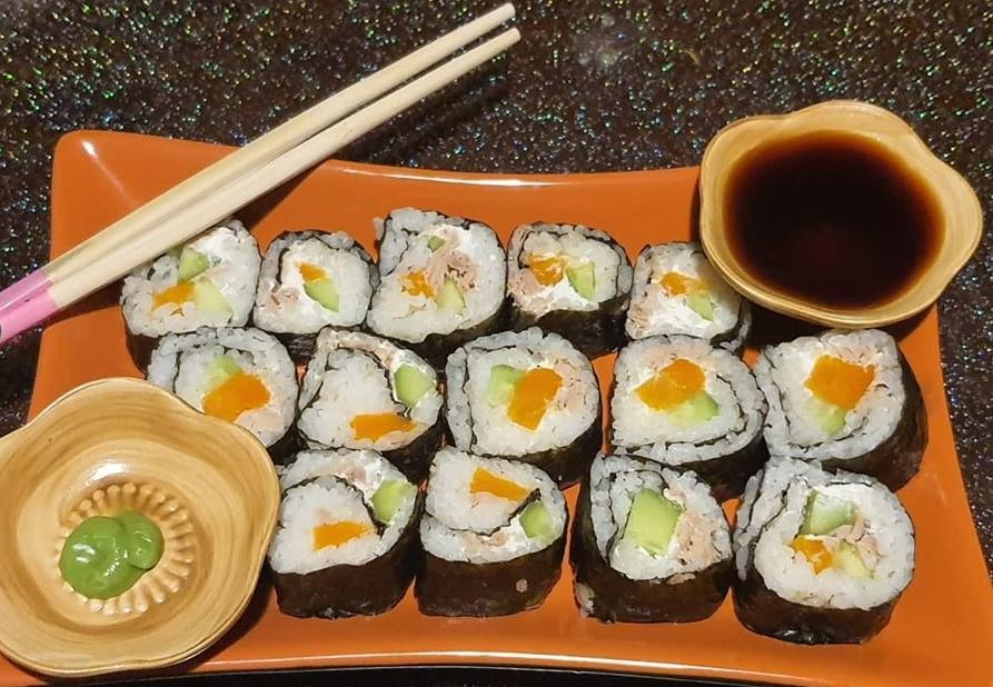 طرز تهیه سوشی فوتوماکی