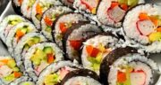 طرز تهیه سوشی ماهی خوشمزه با جلبک به صورت مرحله به مرحله