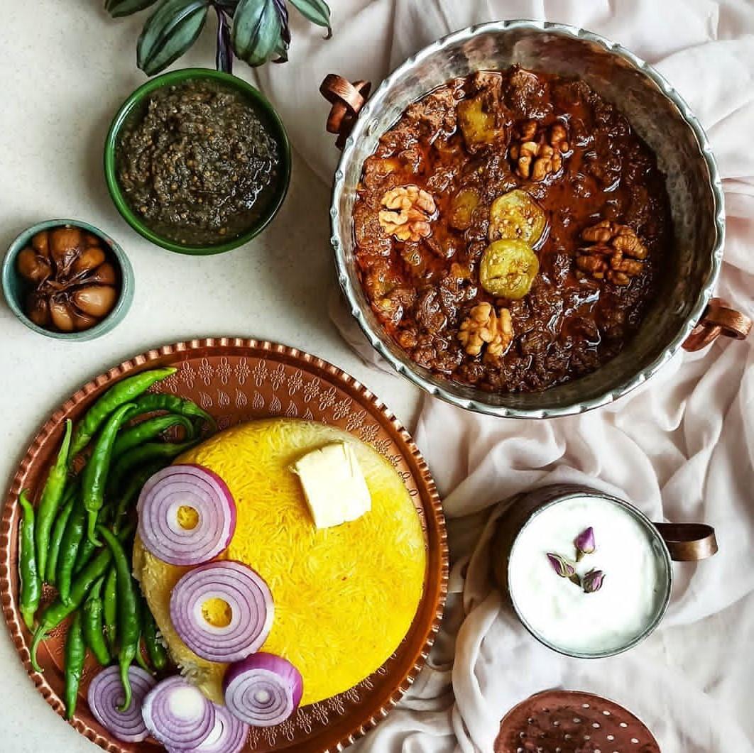 طرز تهیه شش انداز بادمجان گیلانی خوشمزه به روش محلی