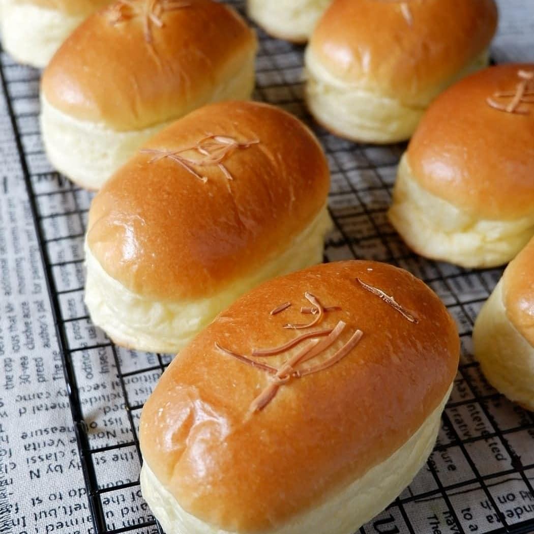 طرز تهیه نان فانتزی (باگت) خانگی مخصوص ساده و خوشمزه در فر