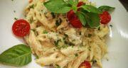 طرز تهیه پاستا پنه آلفردو با مرغ و قارچ به روش رستورانی همراه با فوت و فن پنه