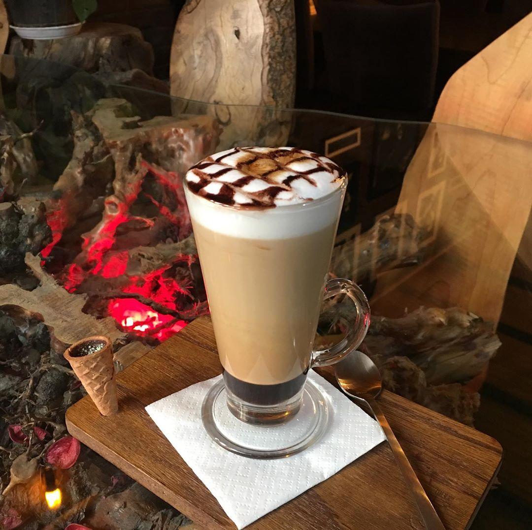 طرز تهیه قهوه موکا حرفه ای و کافی شاپی در خانه و بدون دستگاه