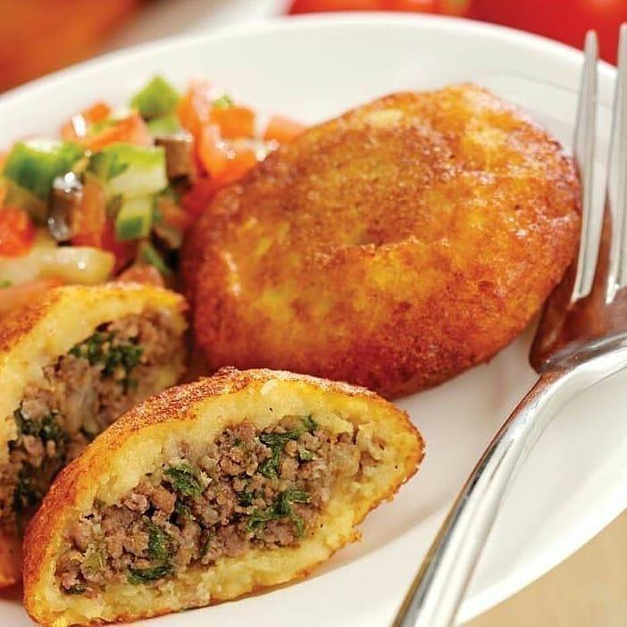 طرز تهیه کوکو سیب زمینی شکم پر ساده با گوشت چرخ کرده