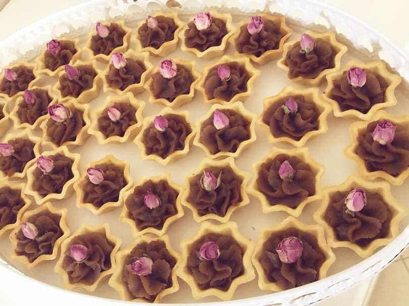 طرز تهیه حلوا با شیره انگور و زعفران خوشمزه، مقوی و مجلسی