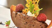 طرز تهیه موس شکلاتی فرانسوی خوشمزه و مجلسی با ژلاتین و خامه