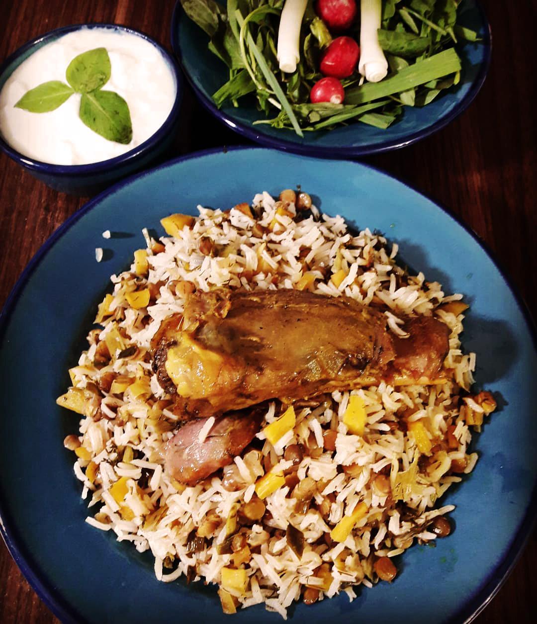 طرز تهیه نرگسی پلو [دمپختک سیر] خوشمزه و عالی به روش شیرازی