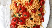 طرز تهیه اسپاگتی خوشمزه بدون گوشت با قارچ و گوجه به روش ایتالیایی