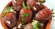 طرز تهیه توت فرنگی شکلاتی خوشمزه و مجلسی برای ولنتاین