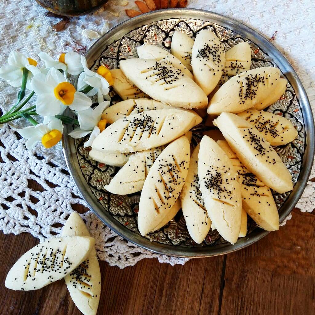طرز تهیه شیرینی پادرازی قزوینی خوشمزه برای عید مرحله به مرحله