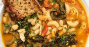 طرز تهیه سوپ ماکارونی شکل دار خوشمزه با مرغ برای سرماخوردگی