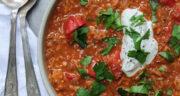 طرز تهیه خوراک گولاش مجارستانی ساده و خوشمزه با گوشت و خامه