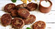 طرز تهیه کتلت عدس و سیب زمینی خوشمزه و ساده بدون گوشت