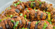 طرز تهیه پاتلیجان کباب خوشمزه به روش ترکیه ای با سس مخصوص