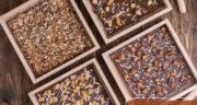 طرز تهیه شکلات تخته ای خانگی ساده و شیرین با پودر کاکائو