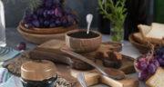 طرز تهیه دوشاب یا شیره انگور خانگی عالی و مقوی با خاک