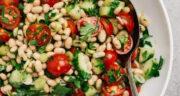 طرز تهیه سالاد لوبیا سفید و سبزیجات سالم و مقوی و خوشمزه