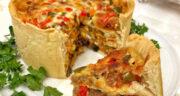 طرز تهیه کیک پیتزا خانگی خوشمزه با خمیر بدون فر در قابلمه