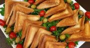طرز تهیه اسنک گوشت چرخ کرده و قارچ در ماهیتابه و ساندویچ ساز