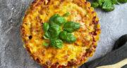 طرز تهیه کیک پاستا ساده و خوشمزه با گوشت و پنیر در فر