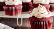 طرز تهیه کاپ کیک ردولوت شکلاتی خوشرنگ و مجلسی و خوشمزه