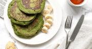 طرز تهیه پنکیک اسفناج خوشمزه و ساده با شیر و موز