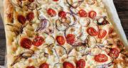 طرز تهیه نان فوکاچیا ایتالیایی ساده و عالی با زیتون، پنیر و گوجه