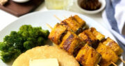 طرز تهیه ماهی قزل آلا سرخ شده در ماهیتابه خوشمزه و آسان
