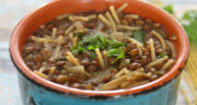 طرز تهیه سوپ عدس و رشته ساده، خوشمزه و مقوی مرحله به مرحله