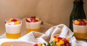 طرز تهیه پاناکوتا انبه ساده و خوشمزه با شیر و خامه و ژلاتین