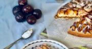 طرز تهیه کیک آلو قرمز خانگی خوشمزه و مجلسی مرحله به مرحله