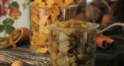 طرز تهیه کشمش خانگی با آب جوش از دانه انگور بدون فر و با فر