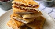 طرز تهیه چیمی چانگا مکزیکی لذیذ با گوشت، خمیر یوفکا و سس تاکو