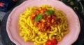 طرز تهیه پاستا با سیب زمینی سرخ شده و مرغ ساده و لذیذ